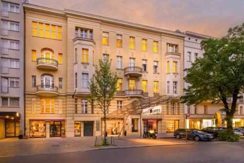 best places to stay in germany airbnb germany top hotels resorts and where to stay in germany. Black Bedroom Furniture Sets. Home Design Ideas